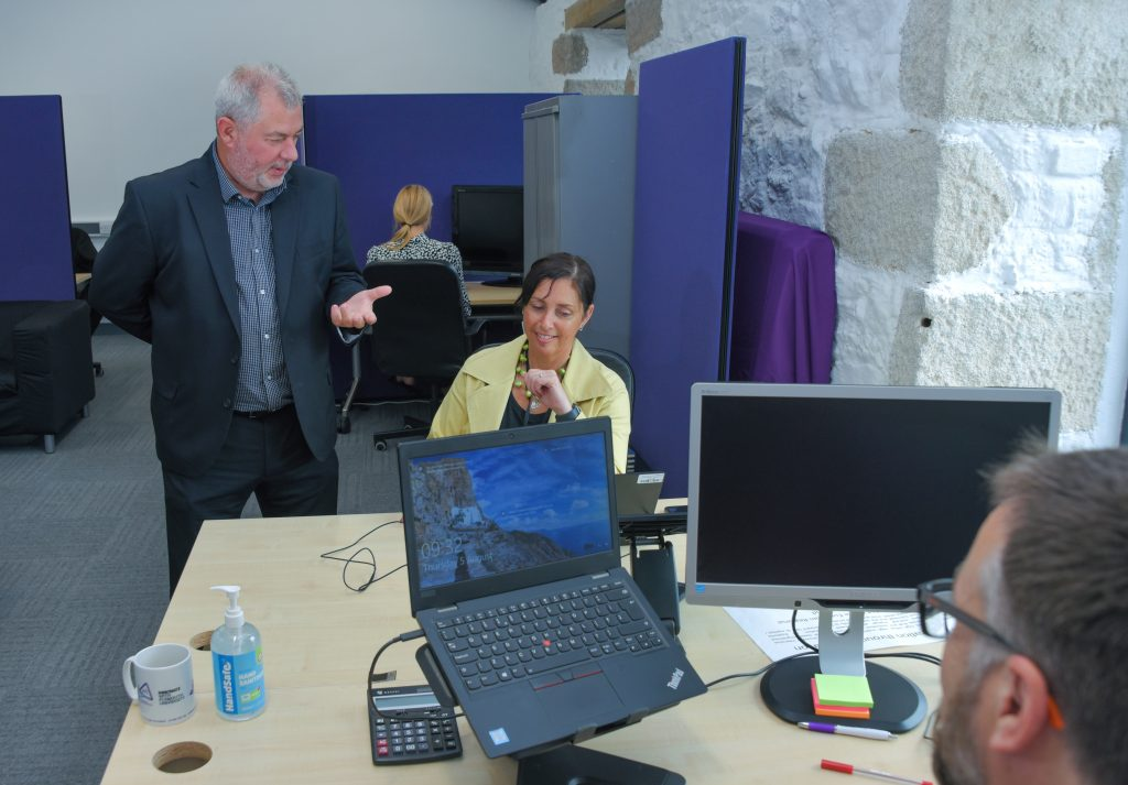 An image of the workspace and hot desk facilities at the Hayle Pop-Up Innovation Centre